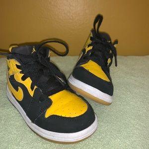 Boys size 8 Nike
